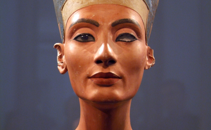 Face Reading Nefertiti: The Bust and its Secrets (SubscriberContent)